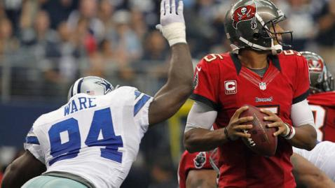 cowboys-bucs-2012-ware-slap